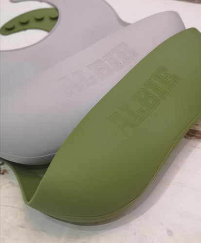 Hunter Green | Silicone Bib - mummyandaustinboutique