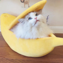 Load image into Gallery viewer, Cute Banana Cat Bed/House Cozy  with Cushion. Warm and Portable