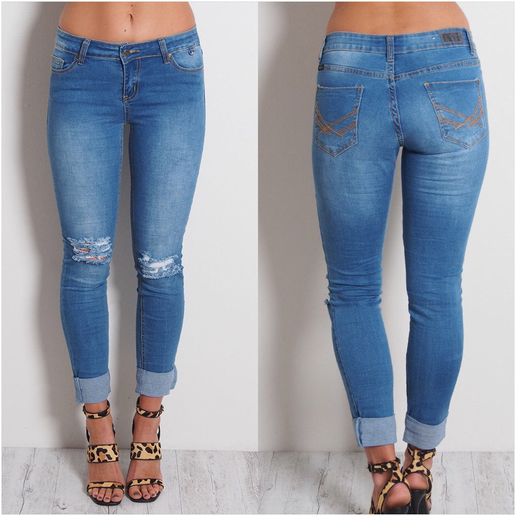 Refuge Classic Ripped Knee Jeans Mid Blue