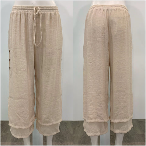 Missy Q Button Detail Three Quarter Resort Pants Light Beige