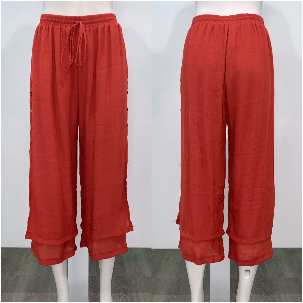 Missy Q Button Detail Three Quarter Resort Pants Rust