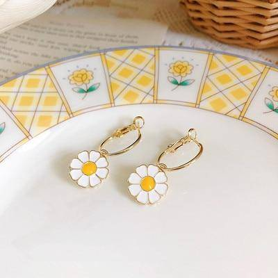 Ibiza Boho Style 💫 Metal rings with daisies