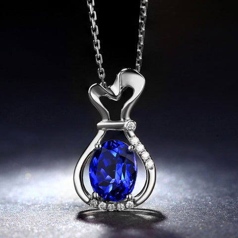18k gold pendant with tanzanite stone