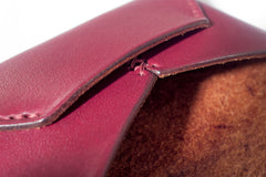 One Piece English Bridle Leather Business Card Case (Burgundy) Close Up