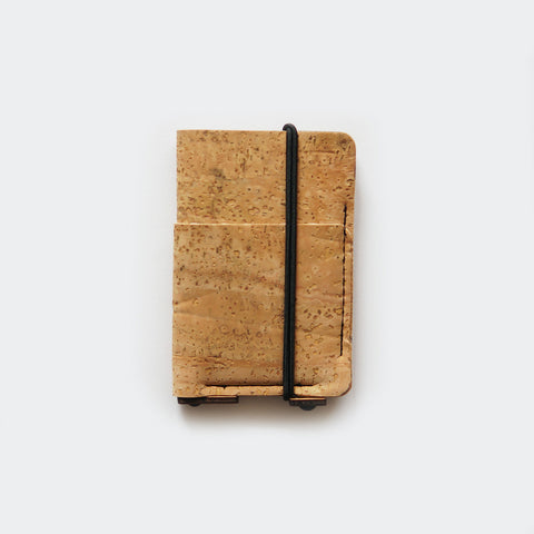 Slim card wallet / natural cork