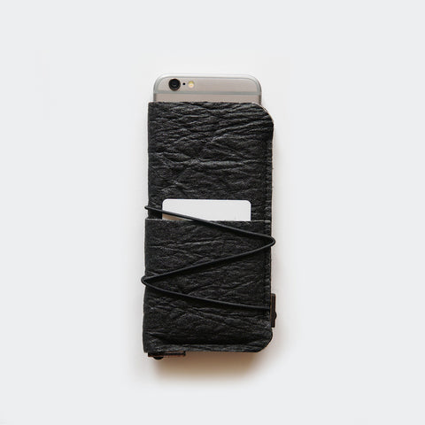 iPhone sleeve case with card pockets / black Pinatex