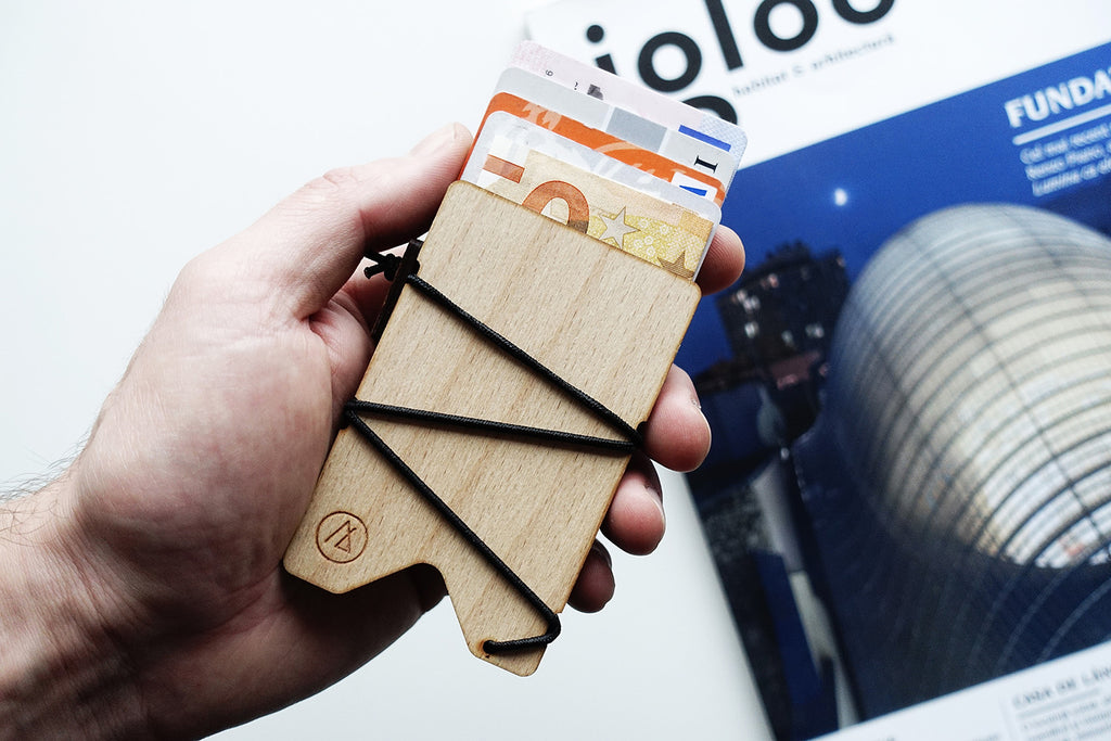 KORD original slim card wallet / wood