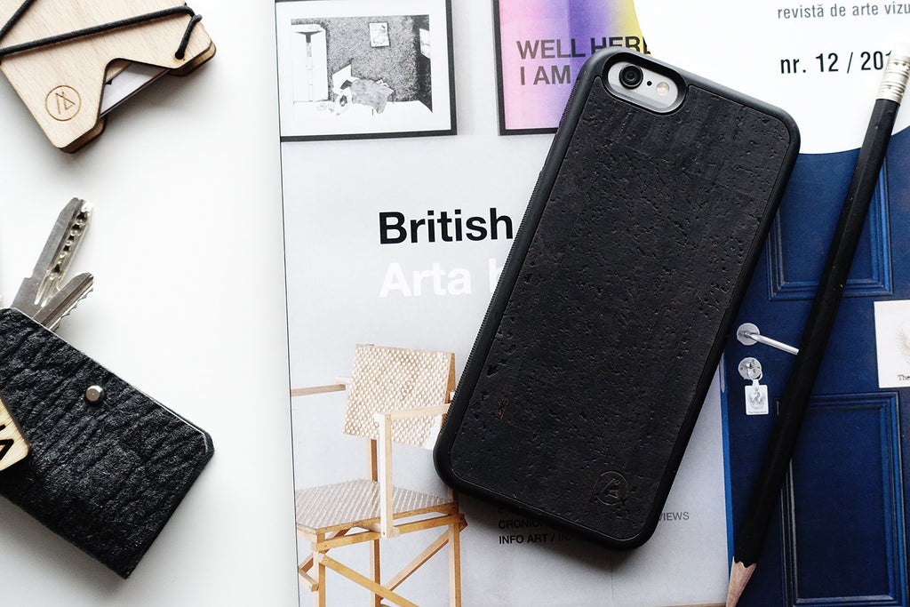 Cork iPhone case / black
