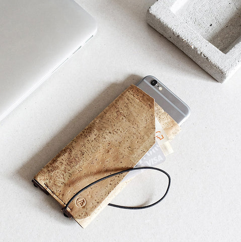iPhone case with card pocket / natural cork