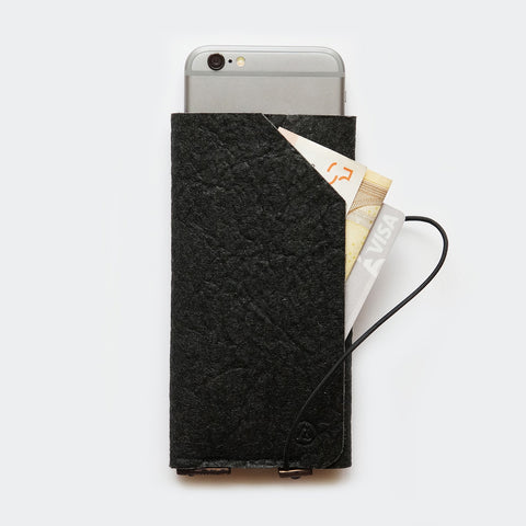 iPhone sleeve case with card pocket / black Pinatex
