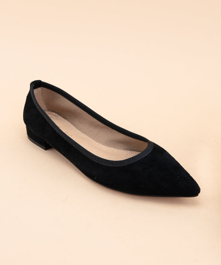 Pointed Suede Flats - Black