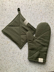 Oven mitt and potholder