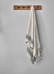 hanging kleopatra cotton towel