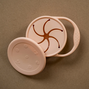 minika blush colour silicone snack cup