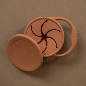 minika ginger coloured silicone snack cup