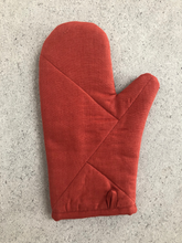 Load image into Gallery viewer, Oven Mitt - Terracota
