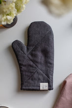 Load image into Gallery viewer, Oven Mitt - Anthracite