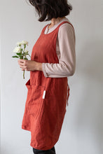 Load image into Gallery viewer, Linen Apron - Terracota