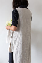 Load image into Gallery viewer, Linen Gardener Apron - Oatmeal