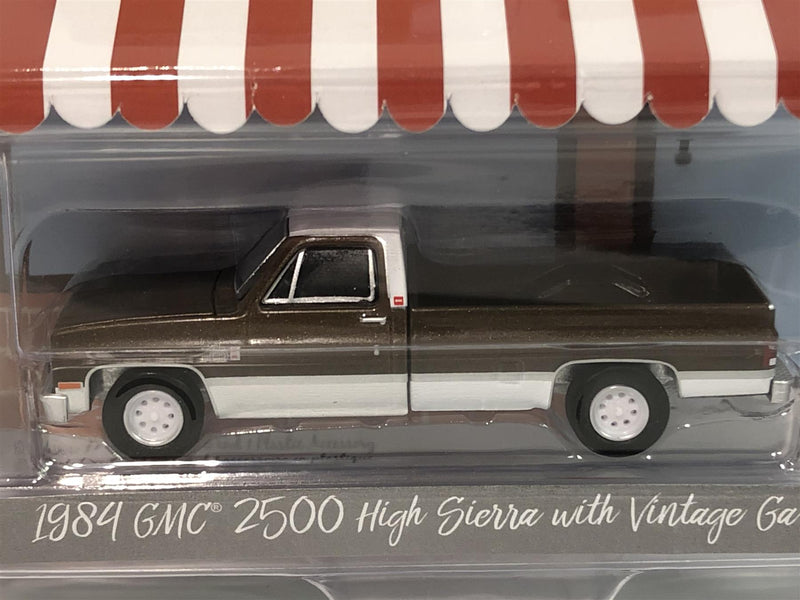 1984 GMC 2500 High Sierra with Vintage Gas Pump 1:64 Greenlight 97080D