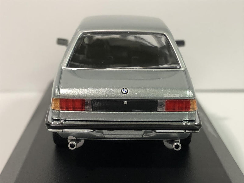 Maxichamps 940025472 BMW 323I 1975 Light Blue Metallic 1:43 Scale Boxed