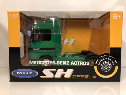 Mercedes-Benz Actros Green 1:32 Scale Welly 32280GR Super Haulier