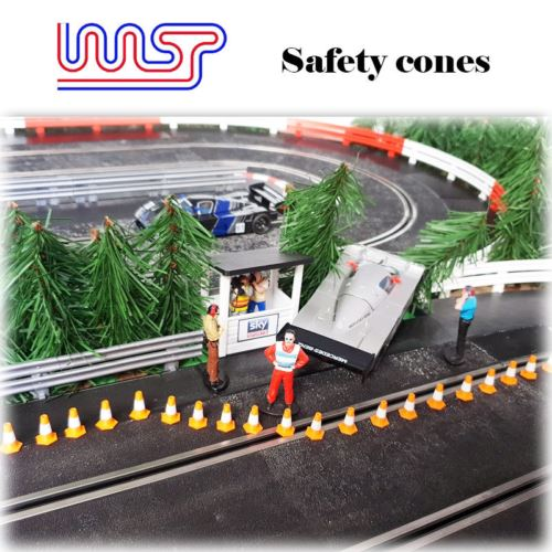 Safety Cones White 15mm 20 pack Track Side Scenery 1:32 scale