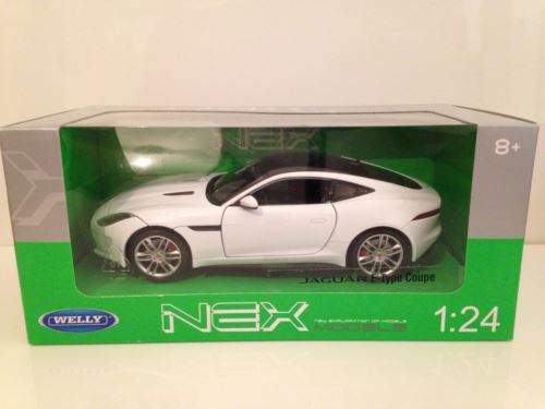 Jaguar F-Type Coupe White 1:24 Scale Welly 24060W NEW