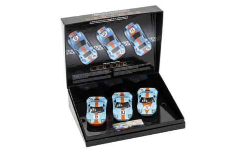 Scalextric C3896A Ford GT40 1968 GULF Triple Pack Limited Edition