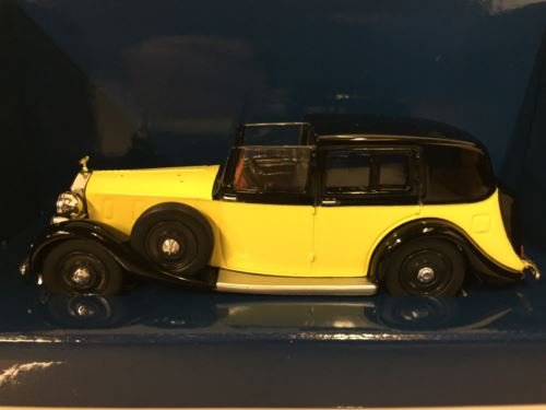James Bond 007 Goldfinger Rolls Royce Phantom III Scale 1:36