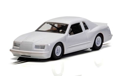 Scalextric C4077 Ford Thunderbird 1986 Stock Car White 1:32 Scale