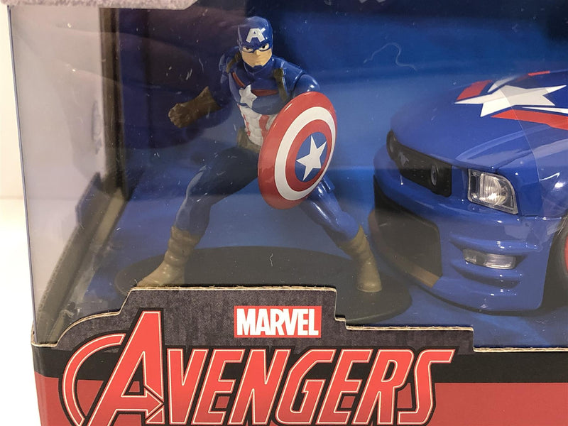Captain America 2006 Ford Mustang with Figure 1:24 Scale Jada 31187