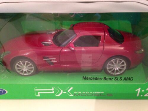 Mercedes Benz SLS AMG Red 1:24 Scale Welly 24025R New