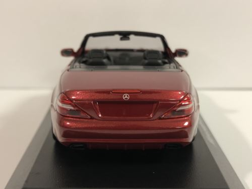 Maxichamps 940037530 Mercedes Benz SL Class 2008 Red Metallic 1:43 Scale