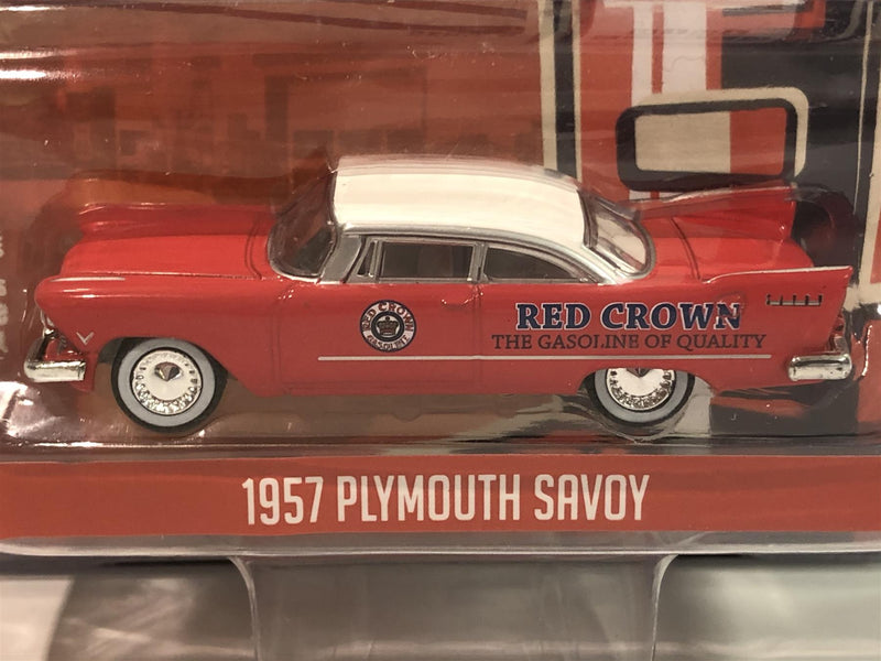 1957 Plymouth Savoy 1:64 Scale Running on Empty Greenlight 41090A