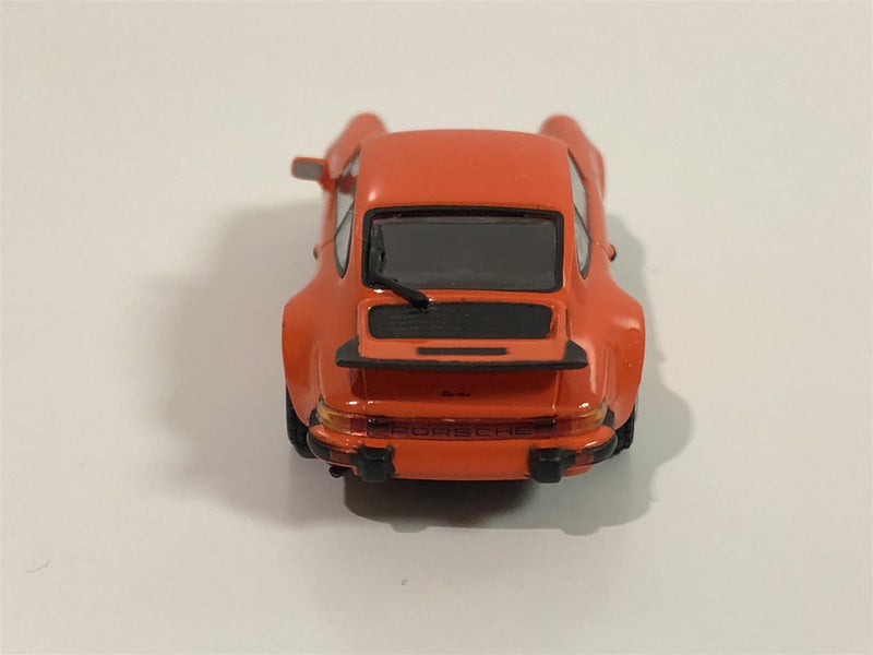 Minichamps 870066104 Porsche 911 Turbo 930 1977 Orange 1:87 Scale