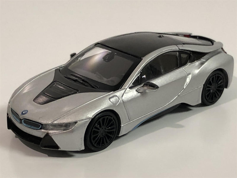 Minichamps 870028220 BMW i8 Coupe 2015 Silver 1:87 Scale
