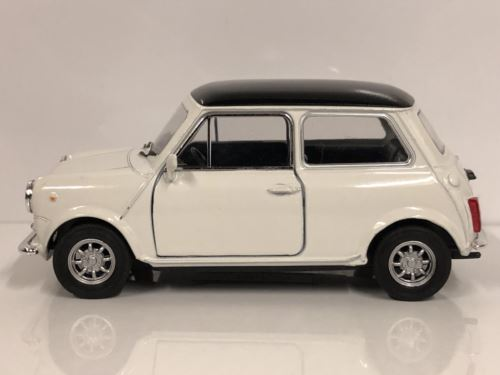 Mini Cooper 1300 Cream Black Roof 1:32 Pull Back Go Welly 49720WCR