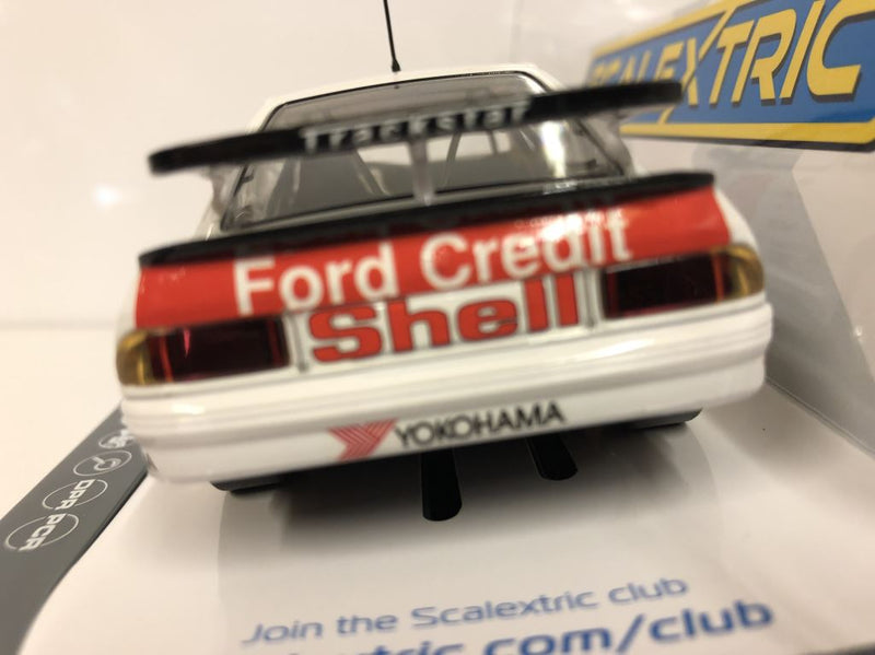 Dealer Edition Scalextric C3781A Ford Sierra RS500 BTCC 1990 No.11