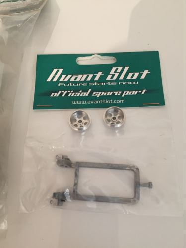 Avant Slot 20202 Complete Audi R10 White Kit without motor NEW