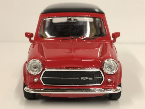 Mini Cooper 1300 Red Black Roof 1:32 Pull Back Go Welly 49720WR