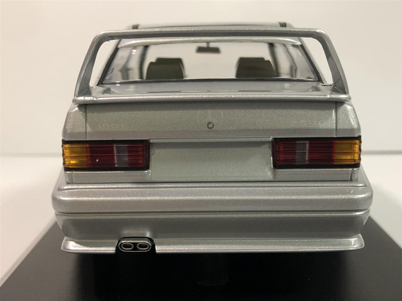 Minichamps 155036101 Mercedes Benz 190E 2.5-16 EVO 2 Silver 1:18 Scale Boxed
