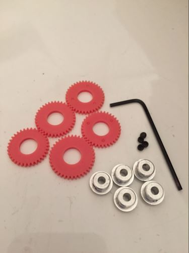 Scalextric C8405 - 5 x Spur Gears 34,35,36,37 and 38 Tooth Key and Screw