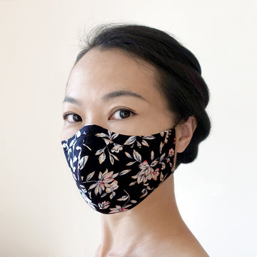 Hand-crafted face mask White Floral