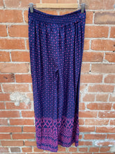 Load image into Gallery viewer, Navy and Pink Geometric Print Wide Leg Pants