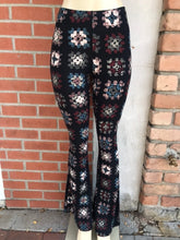 Load image into Gallery viewer, Crochet Print Bell Bottom Leggings