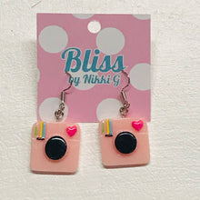 Load image into Gallery viewer, Polaroid Camera Earrings