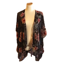 Load image into Gallery viewer, Black and Pink Floral Kimono