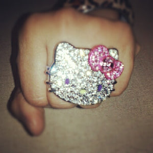 Hello Kitty Large Crystal Double Finger Ring with Bow