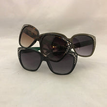 Load image into Gallery viewer, Big Square Sunglasses with Silver Corner Accents